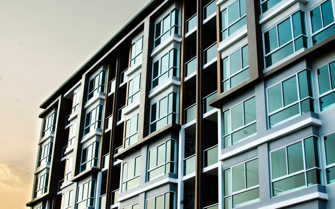 When Should a Landlord Hire a Lawyer?